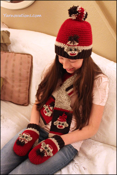 Free Crochet Pattern For Sock Monkey Mittens : Sock Monkey Winter Accessories