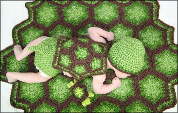 Lil Snapper Newborn Outfit